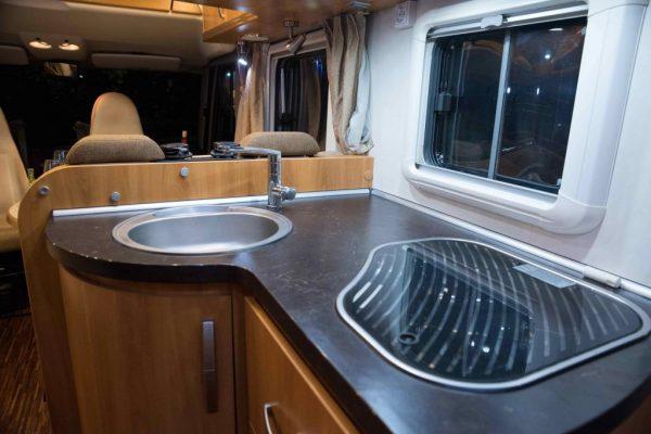 hymer-campervan-kitchen