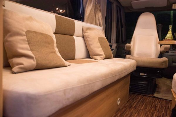 hymer-campervan-sofa