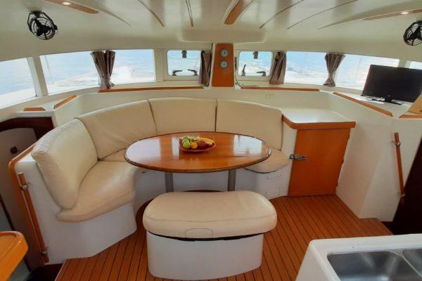 lunatrips lagoon 380 catamaran 05-min