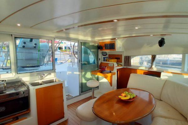 lunatrips lagoon 380 catamaran 10-min