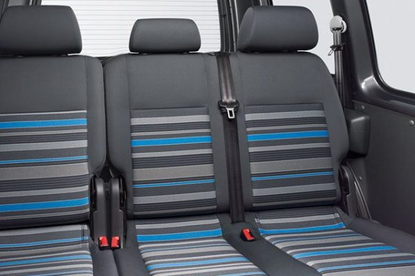 vw-caddy-tramper-backseats