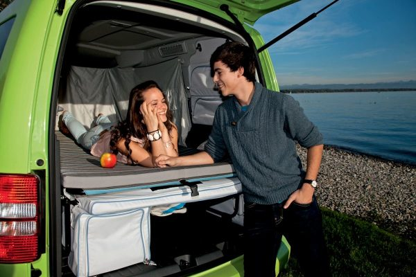 vw-caddy-tramper-couple-on-the-bed-with-bootlid-open