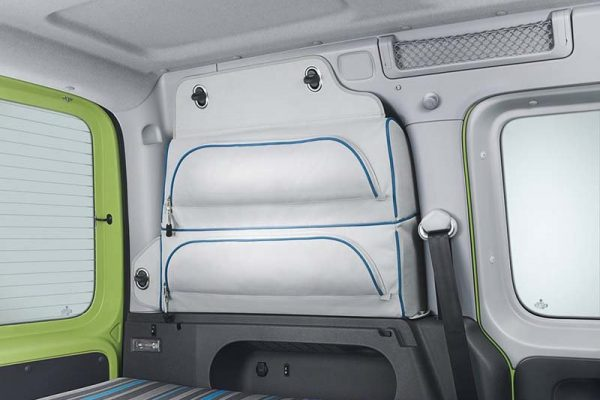 vw-caddy-tramper-storage-details-inside