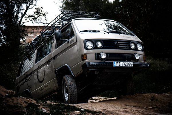 vw-t3-syncro-4x4-offroad-front-view