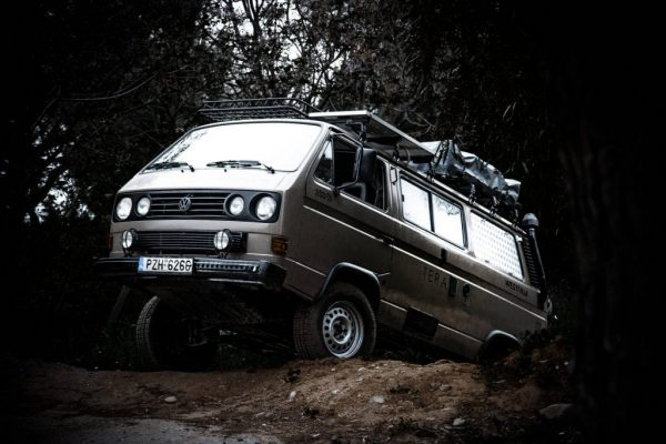 vw-t3-syncro-4x4-offroad-left-side-view