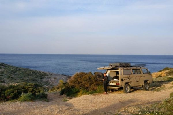 vw-t3-syncro-4x4-open-bootlid