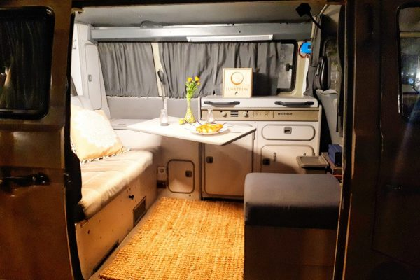 vw-t3-syncro-4x4-salon-view-from-outside