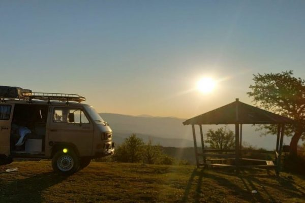 vw-t3-syncro-4x4-side-view-sunset